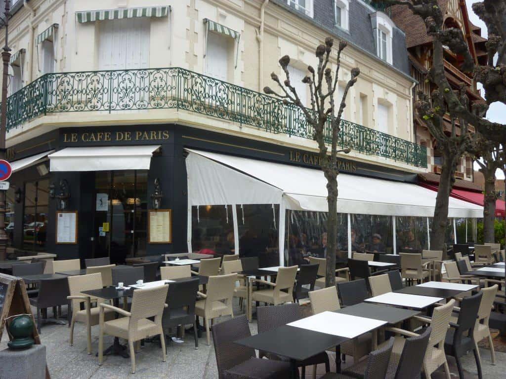 Décoration d\'intérieure du Café de Paris à Deuville (Calvados - 14)