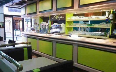 Décoration d'intérieur & agencement bar PMU Le Véga à Cabourg (Calvados)