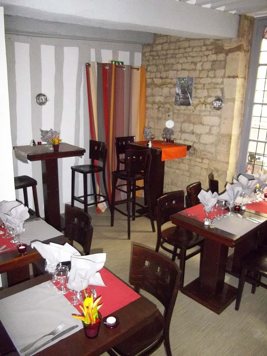 d coration d 39 int rieur restaurant aurelzana caen 14. Black Bedroom Furniture Sets. Home Design Ideas