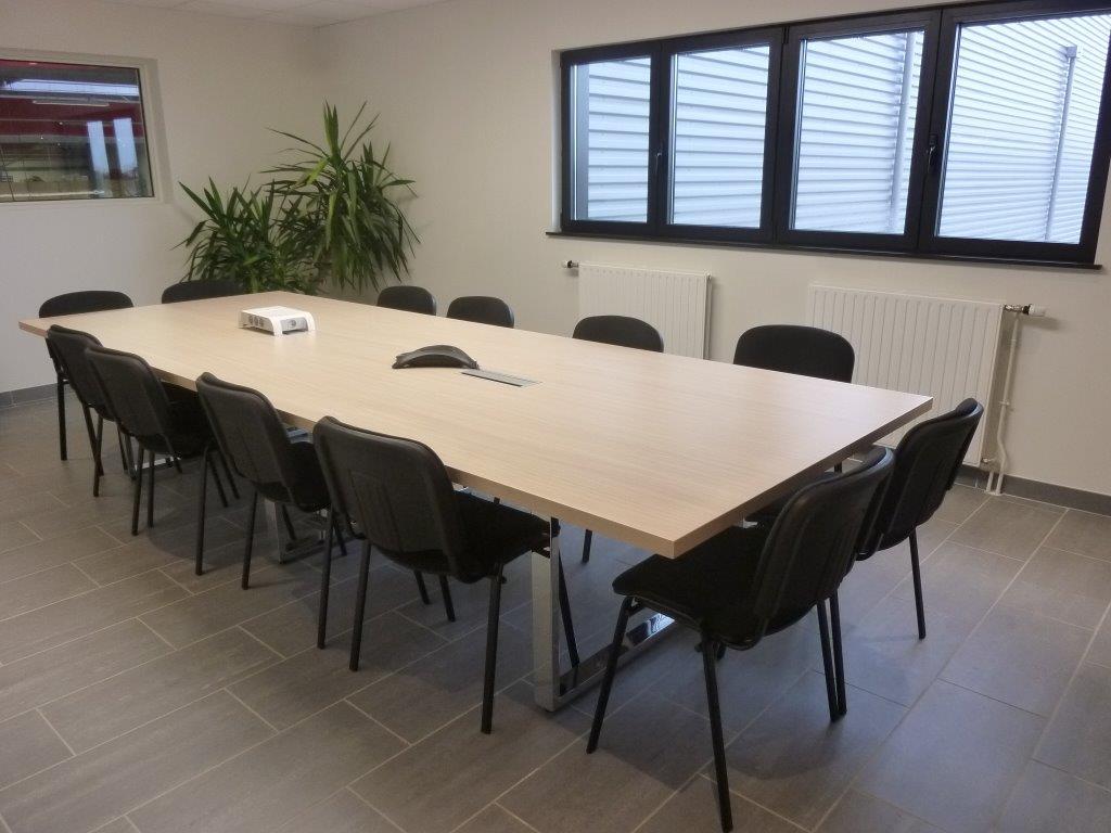 am nagement quipement de bureaux chez l t i dans l 39 orne en basse normandie. Black Bedroom Furniture Sets. Home Design Ideas