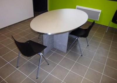 table-reunion-chaises-design