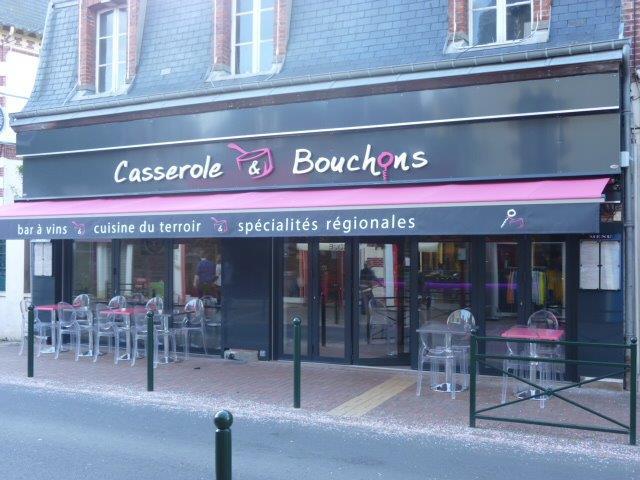 Agencement et quipement en mobilier d 39 un restaurant cabourg for Materiel salle restaurant