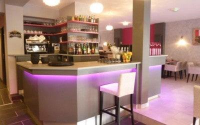 Agencement du restaurant Casserole & Bouchons en région Normandie, dans le Calvados à Cabourg