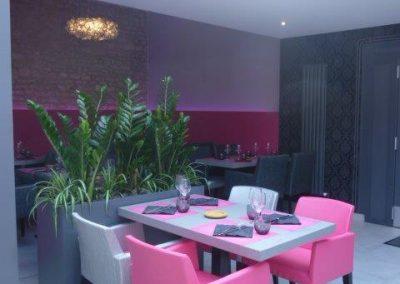 Agencement et équipement bacs végétaux restaurant à Cabourg (Calvados - 14 en Normandie) (fauteuils, tables et banquettes non fournies par BÔ)
