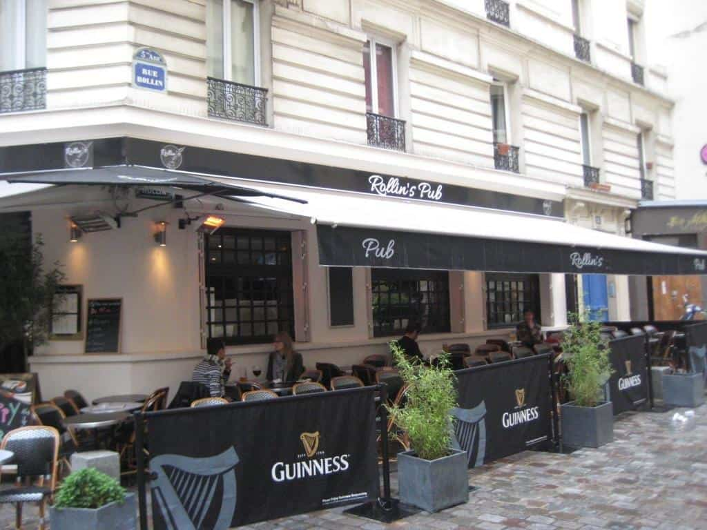 am nagement et quipement de 20 tabourets dans un bar restaurant paris. Black Bedroom Furniture Sets. Home Design Ideas