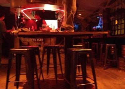 Tabourets tôle vernis-tolix - Équipement mobilier bar-restaurant à Paris