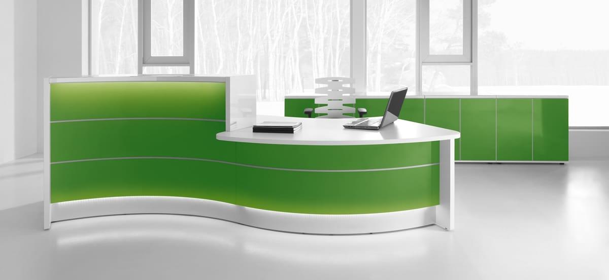 Banque d'accueil lumineuse verte (Caen - Calvados 14 en Normandie)