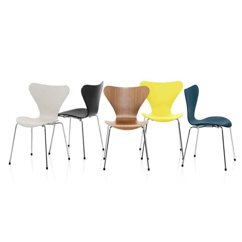 """Chaise design """"Série 7 Noyer Fritz Hansen Jacobsen"""" Calvados-14 (Normandie)"""