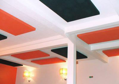 panneaux acoustiques plafond rouge-noir Calvados-14 (Normandie)