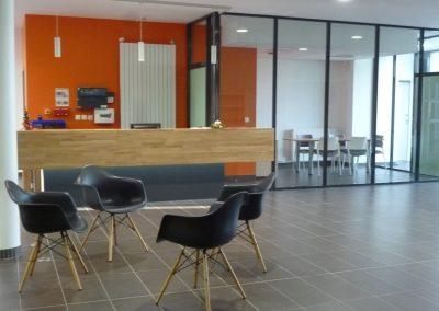 Agencement et mobilier pour l'accueil de Actalia à Saint-Lo
