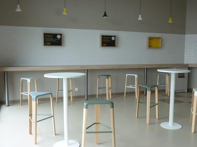 Aménagement & équipement en mobilier d'un restaurant à Cherbourg-Octeville (50-Manche) en Normandie
