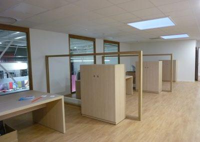 Aménagement de bureaux & équipement en mobilier (armoires, archivage, tables) à Granville dans la Manche (50)