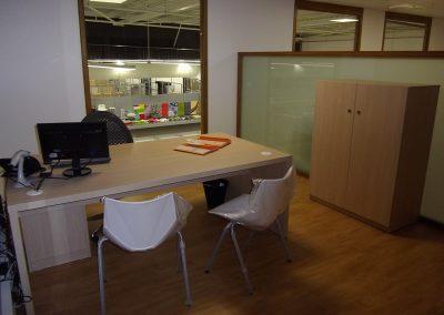 Aménagement de bureaux & équipement en mobilier (tables, armoires, chaises) à Granville dans la Manche (50)