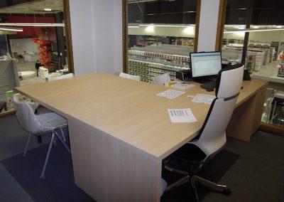 Aménagement de bureaux & équipement en mobilier (tables, chaises, sièges) à Granville dans la Manche (50)