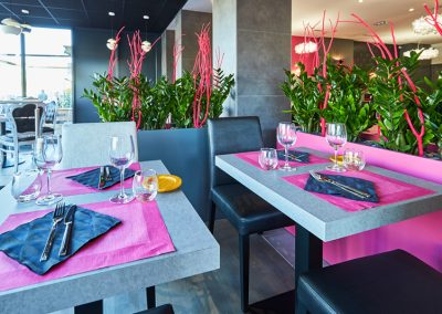 Luminaires restaurant à Caen - Casserole et bouchons