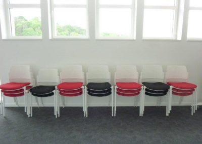 Chaise, mobilier de bureau à Cherbourg (Manche - 50) en Normandie