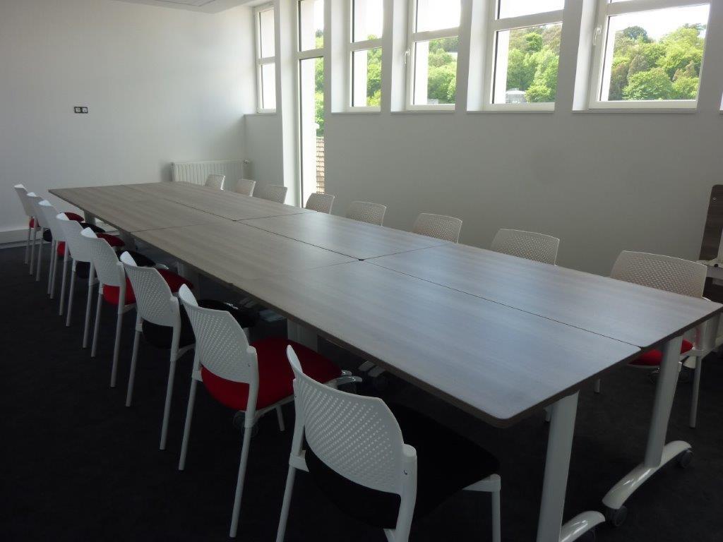 mobilier de bureau comptoir d 39 accueil sur mesure cherbourg. Black Bedroom Furniture Sets. Home Design Ideas