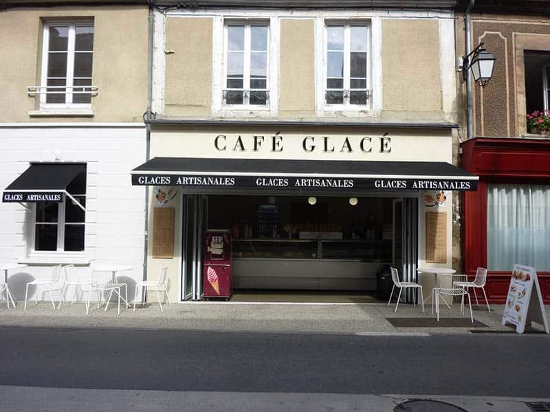 Agencement de commerces à Bayeux - Relooking d'extérieur (façade) d'un café