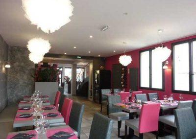 Agencement de la salle d'un restaurant à Ouistreham (Caen la mer) dans le Calvados - 14