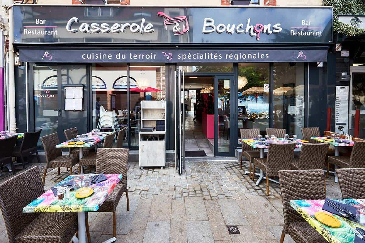 Agencement et mobilier pour un restaurant à Ouistreham, près de Caen (dans le Calvados -14) en Normandie