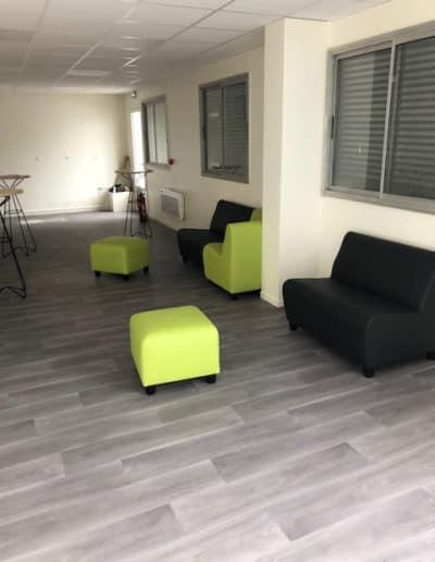 Mobilier d'accueil, cafétéria et restaurant d'entreprise à Ifs (près de Caen)