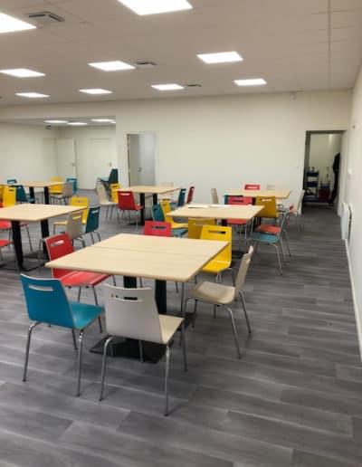 Mobilier de cafétéria et restaurant d'entreprise à Ifs (près de Caen)