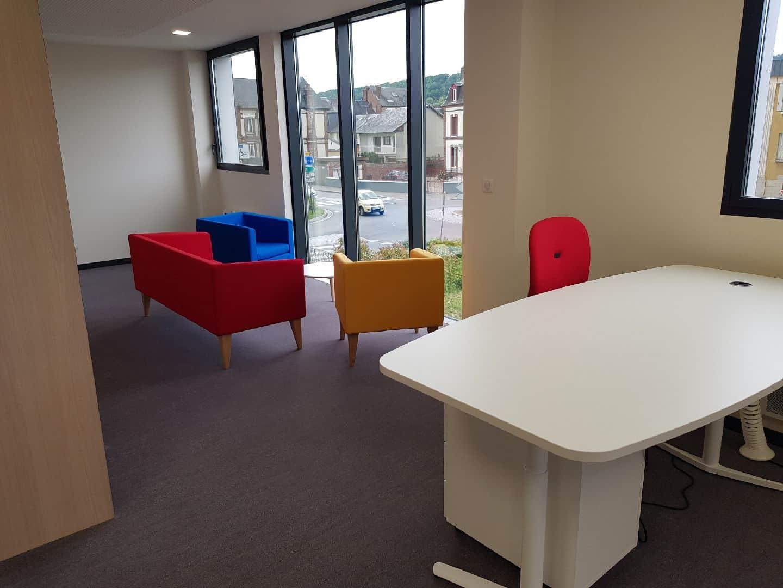 aménagement en mobilier de bureau en Normandie