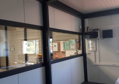 Cloisons modulaires bureau installés à Villers Bocages, dans le Calvados 14 en Normandie