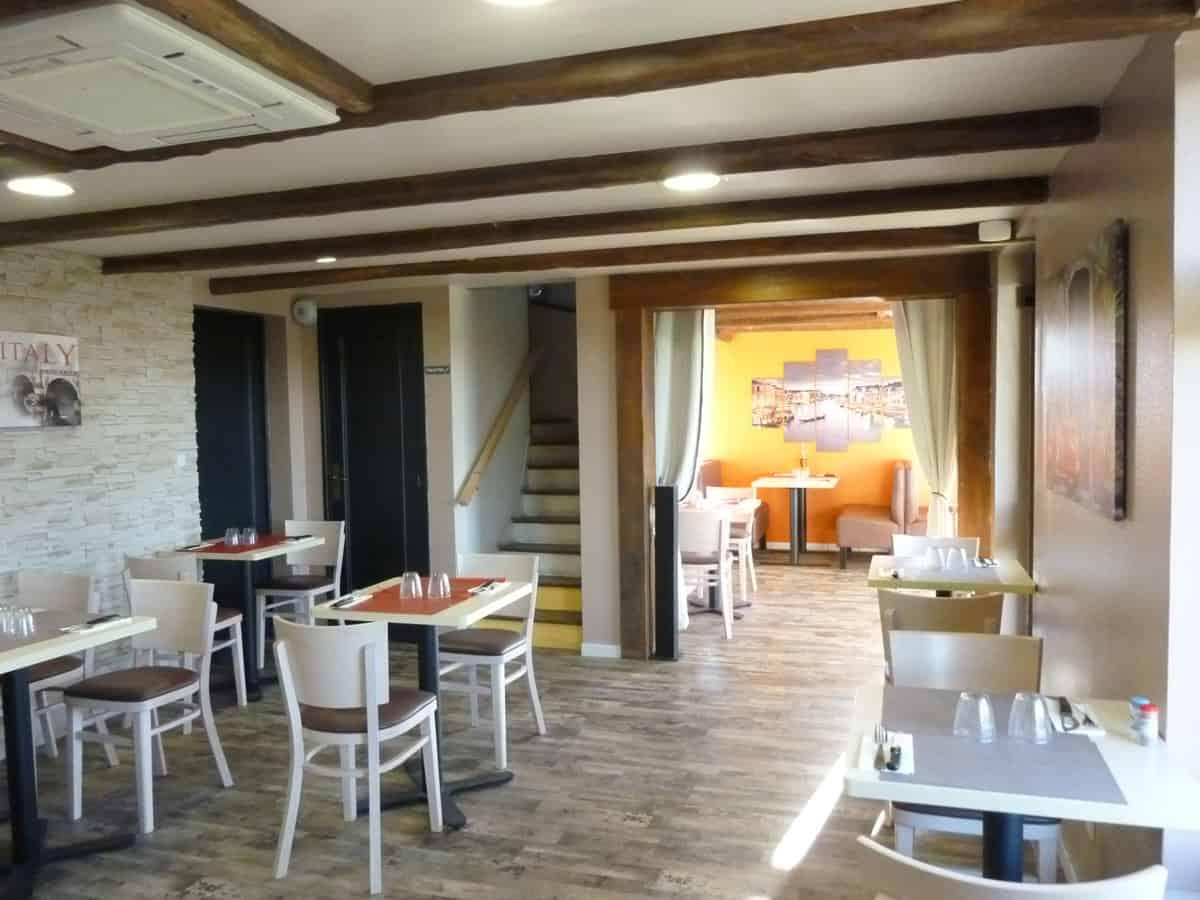 Mobilier restauration / Mobilier restaurant pizzéria dans la Manche (50) en Normandie