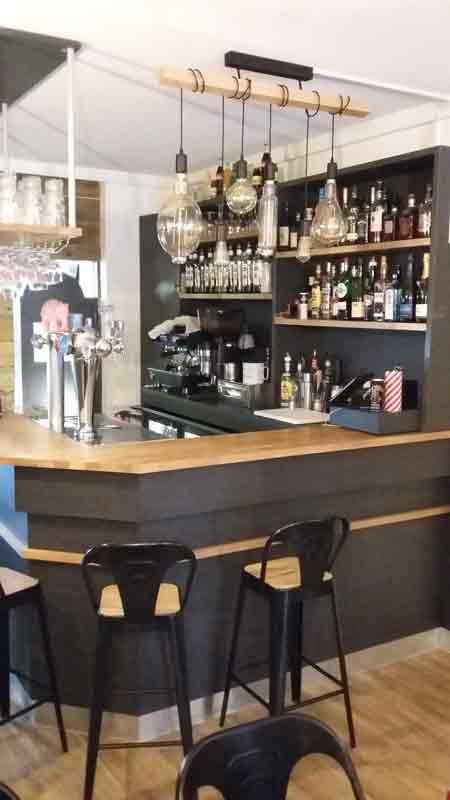 Relooking et décoration d'intérieur d'un bar de tapas à Bayeux