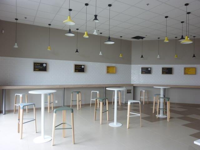 Aménagement caféteria Intermarché à Cherbourg (Manche – 50)