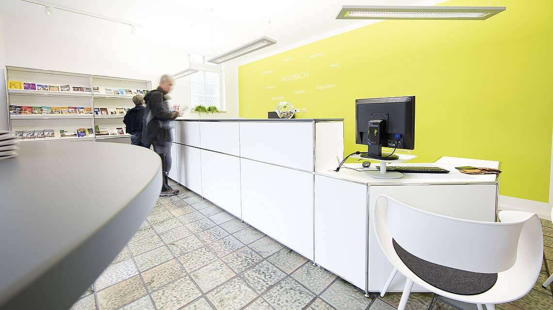 Comptoir banque d'accueil à Caen (Calvados -14) en Normandie - CSM TOU4 Dauphin