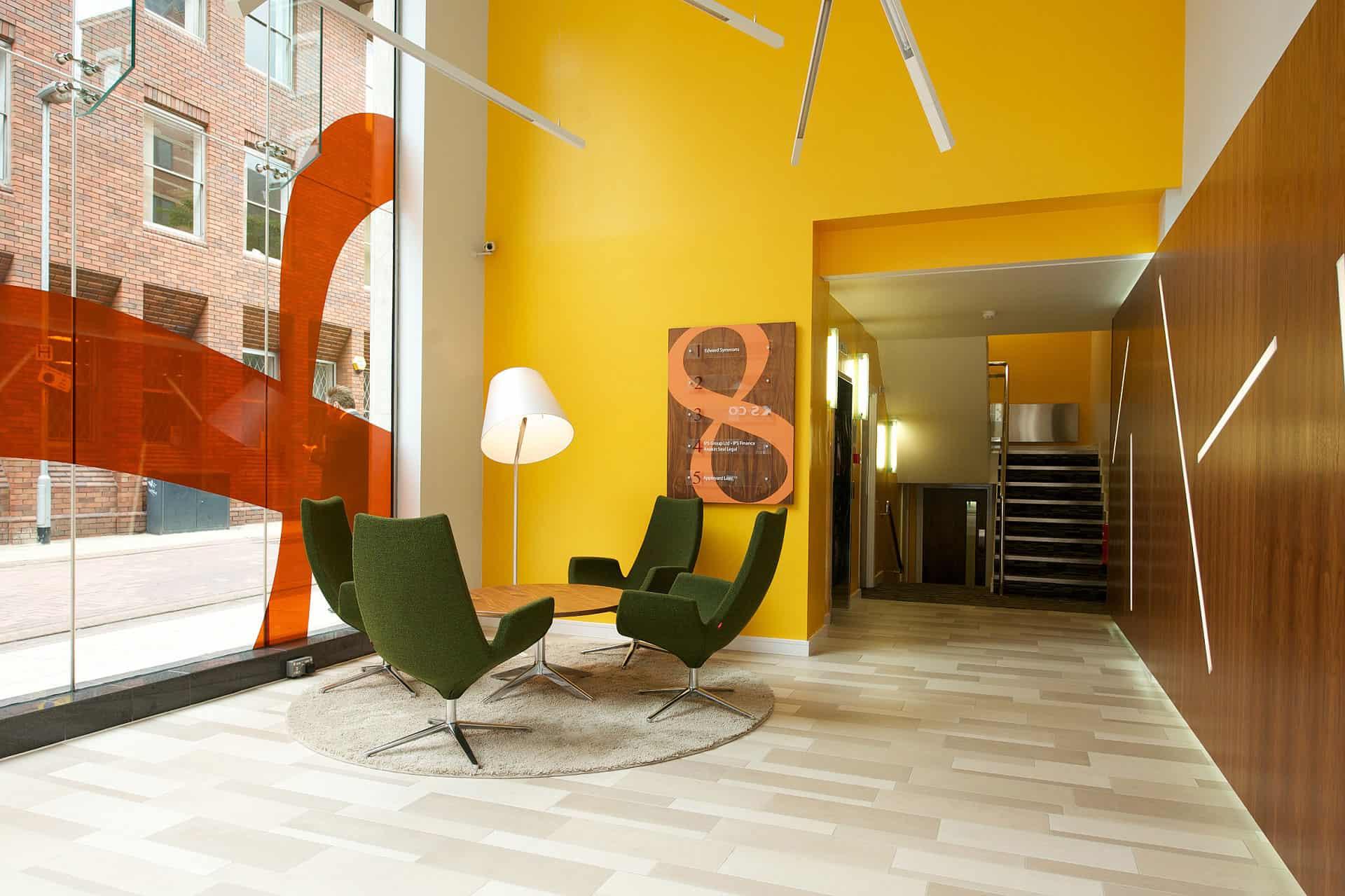 mobilier salle d'attente à Caen (Calvados-14) en Normandie - LOW Table basse et fauteuils design