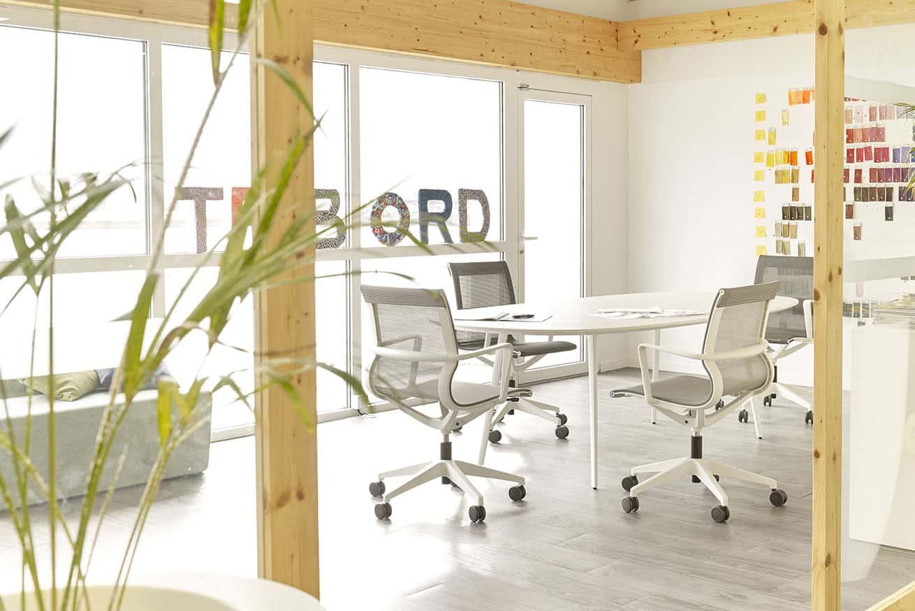 fauteuils, sièges table de réunion à Caen (Calvados -14) en Normandie - Sokoa