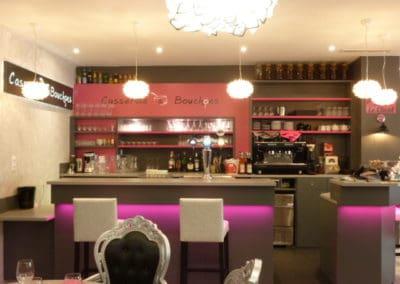 agencement restaurant à Caen (tables, fauteuils, chaises et banquettes non fournies par BÔ_)